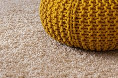Carpet Cleaner: Secrets To Keep Your Carpets Clean - cleanerduck.com Hallway Carpet, Wall Carpet, Carpet Flooring, Rugs On Carpet, Carpets, Home Carpet, New Carpet, Hygge, Tips