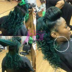 green curls n top bun Dress Hairstyles, Summer Hairstyles, Pretty Hairstyles, African American Hair Types, Colored Weave Hairstyles, Birthday Hairstyles, Curls For The Girls, Waves Curls, Dream Hair