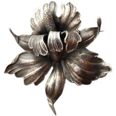 Large Cini sterling silver Iris brooch signed Guglielmo; 33.8 grams of .925 Silver. Huge, fabulous, showy, extravagant elegance. Measurements in