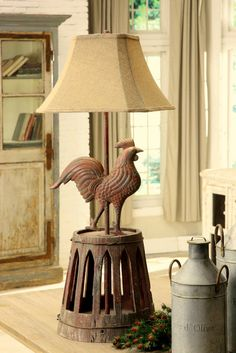 Farmhouse Rooster Lamp would look nice in a French country cottage or a rustic log home. Farmhouse Style Furniture, Farmhouse Chic, Rustic Furniture, Rooster Kitchen Decor, Rooster Decor, Rustic Outdoor Decor, Shabby, French Country Decorating, Decoration