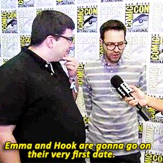 OUAT at SDCC 2014 - Colin says Emma and Hook will be going on their first real date.