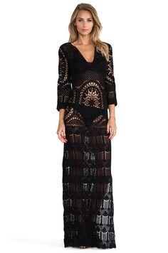 LISA MAREE - London Fiction Dress in Black. Price: 252,46 euros. Yarn: Unknown.