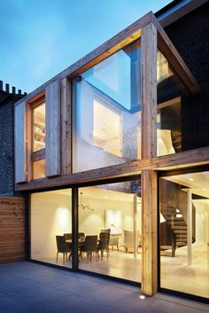 Dwell - De Beauvoir House