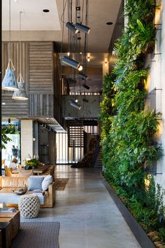 Photo 5 of 7 in Check Out This Brooklyn Hotel's Dramatic Living Wall… Check Out This Brooklyn Hotel's Dramatic Living Wall Installation Office Interior Design, Office Interiors, Design Interiors, Brooklyn Hotels, Savannah Hotels, Vertikal Garden, Indoor Plant Wall, Indoor Plants, Indoor Living Wall