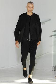 N.Hoolywood Spring 2017 Menswear Fashion Show