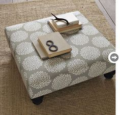 pallet, foam, legs from Lowes, cute material = awesome DIY ottoman