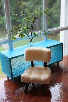 This is my favorite site for Barbie furniture! Innovative mid-century modern ideas, great fabrics, amazing dolls and clothes. I spent an hour speeding through and will go back for sure.