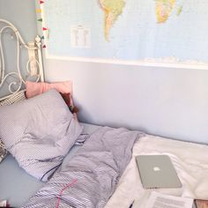 / home / bedroom / decor / bed / room / decorations / floor / bedding / suite / master / cozy / tumblr / comfy / house / interior / messy / aesthetic / colors / artistic / creative / pillows / sheets / walls / wall decor / photo wall /