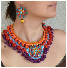 crochet necklace & earrings. (rrh this is a great alternative for those of us w/skin probs or metal allergies)