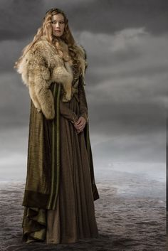 vikings - aslaug - warrior