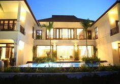 Golden Lotus Diamond Villa : Danang, Vietnam