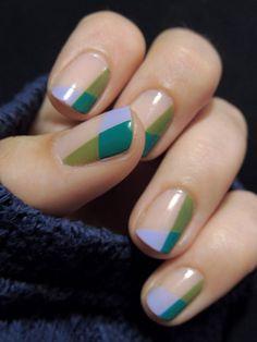 Nail design. Color Block. Nail art. Nailwear. Easy to do. Beauty Trend. Geometric.