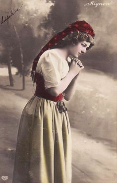 Romani Woman  Found on http://scrapologie.blogs.com/scrapologie_creating_art_/vintage-images---gypsies/
