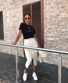 fave outfits - outfit - looks 6 Sophisticated Tennis Skirts Looks 6 Sophisticated Tennis Skirts Looks, Skirts Tennis, Skirts Tennis Skirts looks, . Glamouröse Outfits, Sneaker Outfits Women, Spring Outfits, Long Skirt Outfits, Simple Outfits, Trendy Outfits, Look Urban Chic, Mode Instagram, Instagram Summer