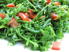 Pako (fern) salad: A delicacy in the Tagalog region. Usually mixed with tomatoes and a salty vinaigrette.