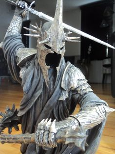 Sideshow Weta collectibles Morgul Lord polystone statue with custom paint