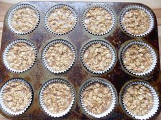 baked oatmeal - could use diced apple or bananas, or raisins.or maybe even cut up some canned peaches or pears for toppings. Baked Oatmeal Cups, Baked Oatmeal Recipes, Oatmeal Muffins, Oatmeal Bites, Baked Oats, Make Ahead Breakfast Casserole, Grab And Go Breakfast, Breakfast Ideas, Breakfast Recipes