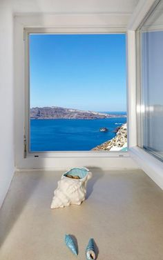Santorini, Greece  / Antonis Eleftherakis Photography. All Rights Reserved.