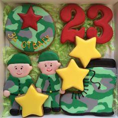 """Купить """"ФСБ """" имбирные пряники - разноцветный, пряник на 23 февраля, подарок на 23 февраля Congratulations Cake, Christmas Sugar Cookies, Royal Icing Cookies, Cake Designs, Gingerbread, Decoupage, Candy, Biscuits, Birthday"""