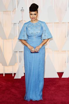 Ava DuVernay Beaded Dress - Ava DuVernay made a very classy appearance on the Oscars red carpet in a blue Prada gown with bell sleeves and crystal embellishments. Oscar Fashion, Big Fashion, Fashion News, Fashion Design, Modest Fashion, Celebrity Dresses, Celebrity Style, Latest Dress Trends, Marine Uniform