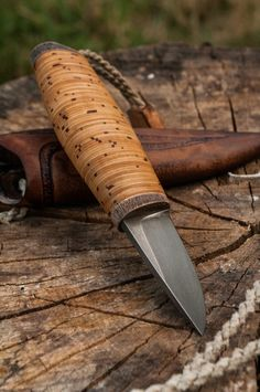 Roman Stoklasa birch bark mini knife