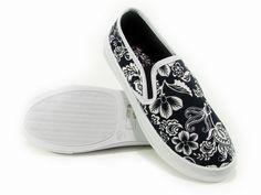 Outlet Store - Sport - Cipők - Kiegészítők - Outlet - Nike - Adidas - Puma  - Oneill - RBK - Mustang 9a0ff8431e