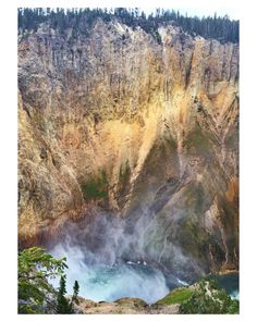 View coming down Uncle Tom's staircase to the Lower Falls... Yellowstone Grand Canyon