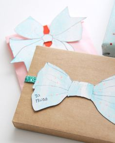 Paper Bow Gift Labels
