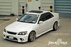 Very Clean Toyota #Altezza / #Lexus #IS200 (via JuiceBox )