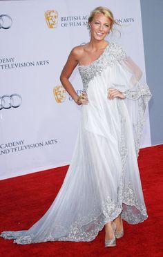 Blake Lively looks like a goddess in her white chiffon dress