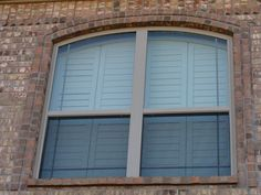 Shutters Shutters, Garage Doors, Outdoor Decor, Home Decor, Sunroom Blinds, Homemade Home Decor, Shades, Decoration Home, Blinds