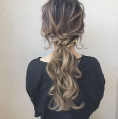 Pin by ✰ sarah grace ✰ on hair ▸ Bride Hairstyles, Down Hairstyles, Pretty Hairstyles, Easy Hairstyles, Hair Inspo, Hair Inspiration, Hair Colour Design, Hair Arrange, Grunge Hair