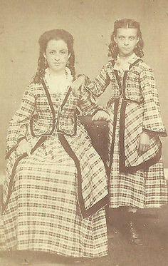 CDV Photo Stunning Beautiful Sisters in Lavish identical Dresses Civil War Era   eBay