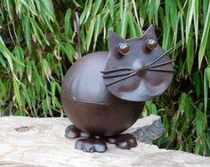Katzenfigur aus Metall, Gartenfigur, Garten Deko, Katze / cat made of metal as garden decoration made by  Dreams & More via DaWanda.com