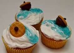 Ice Age acorn cupcakes