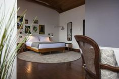 Located in Santa Marinha, The House of Sandeman - Hostel Welcome Decor, Hostel, Lodges, Places To Go, Bed, Santa, Furniture, Design, Home Decor