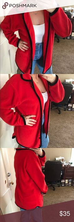 "LT sport vintage sweater 100% polyester  very soft oversized sweater 23"" pit to pit 29"" long Vintage Sweaters"
