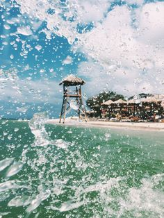 Nothing beats a little splash of water + that Jamaica coastline.
