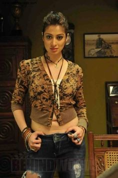 Raai Laxmi (formerly Lakshmi Rai) is an Indian film actress who predominantly appears in South Indian films. Tamil Actress Photos, Indian Film Actress, South Indian Actress, Indian Actresses, Sonam Kapoor, Deepika Padukone, Raai Laxmi, South Indian Film, Indian Girls Images