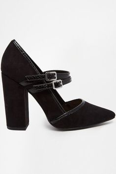 These are probably the cutest heels I've ever seen. I'm not a heel girl but they seem comfy enough to wear anywhere.