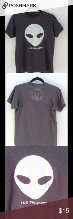 "Foo Fighters T-Shirt Gray unisex t-shirt.  Chest: 18""  Length: 24""  100% cotton.      Excellent pre-owned condition. Tultex Tops Tees - Short Sleeve"