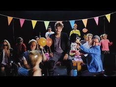Roope Salminen & Koirat - Madafakin darra feat. Ida Paul (virallinen musiikkivideo) - YouTube