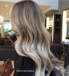 Beautiful blonde balayage - – – Welcome My World Bayalage, Ash Blonde Balayage, Brown Blonde Hair, Ashy Blonde Highlights, Neutral Blonde Hair, Blonde Hair With Roots, Sandy Blonde, Different Blond, Gorgeous Hair