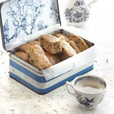 Sugar-free rusks Use full fat butter & Stevia Diabetic Menu, Diabetic Recipes, Healthy Recipes, Diabetic Sweets, Healthy Food, Diabetic Deserts, Healthy Breakfast Snacks, Breakfast Dishes, Sweets For Diabetics