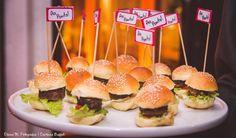 Mini hamburguinho. #CaptainsBuffet #Wedding #Buffet #Buzios #food