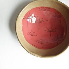 Keramik-Schale. rot, Beige, Natur- und erdig, schön strukturiert. mittlere Schüssel. Suppe, Müsli-Schüssel. handgefertigte Steinzeug-Teller.