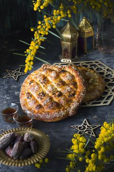 Ramadan bread How To Make Bread, Food To Make, Kurdish Food, Golden Crust, Nigella Seeds, Ramadan Recipes, Dough Balls, Bread And Pastries, Middle Eastern Recipes