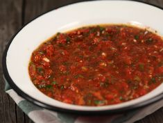 Retete turcesti Oriental Food, Chili, Main Dishes, Veggies, Beef, Ethnic Recipes, Salads, Entrees, Chile