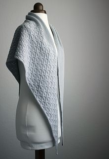 Ravelry: Three Sisters shawl pattern by Trin-Annelie