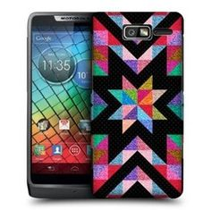 So, are you a rock star? Do you have your own rock moves? Start rolling the stones and holler rock and roll as you flaunt it through your Motorola RAZR I XT890 that is all wrapped up with a punk rock star Head Case Star Glitter Quilt designed mobile back case!